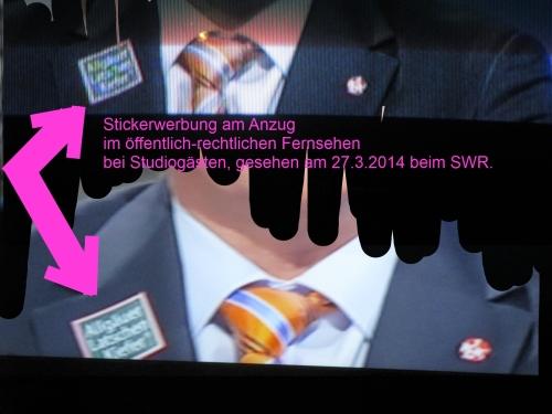 klausens-foto-und-collage-stefan-kuntz-mit-werbesticker-am-anzug-im- SWR-politischen-magazin-27-3-2014